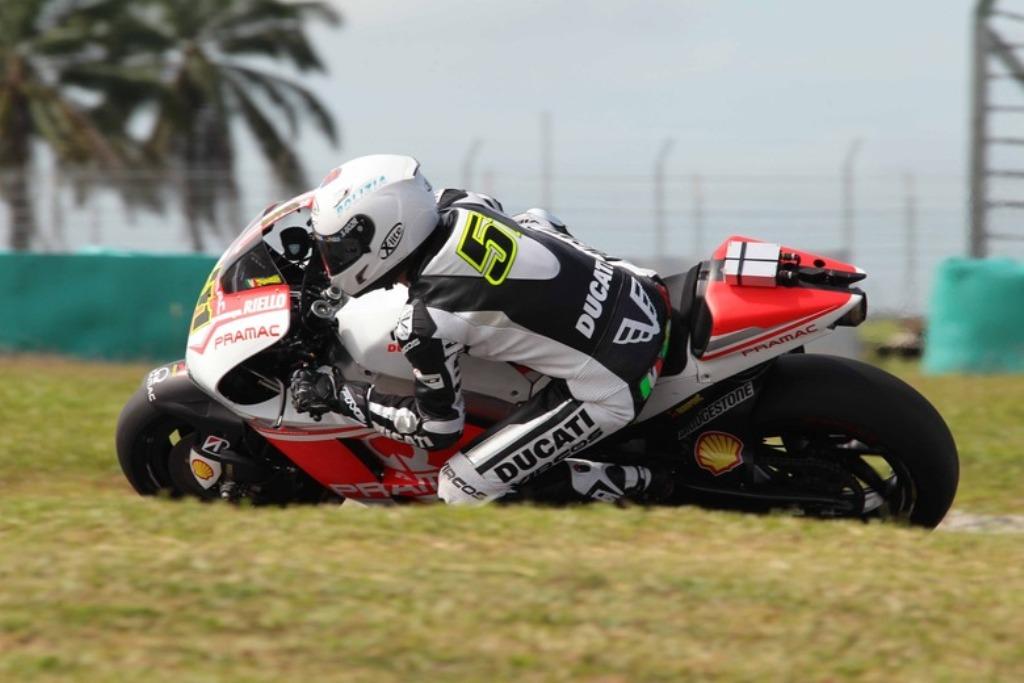 MotoGP 2015, Michele Pirro raccoglie informazioni preziose per il Team