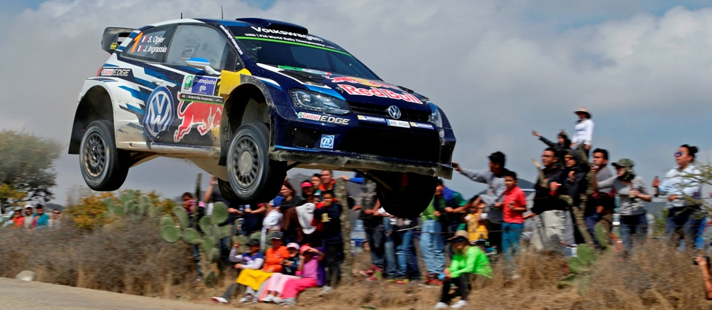 WRC 2015, Ogier ha affrontato un salto  messicano a ben 190 km/h!
