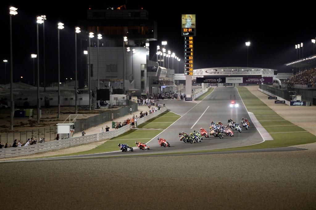 MotoGP 2015, la partenza della MotoGP in Qatar del 2014