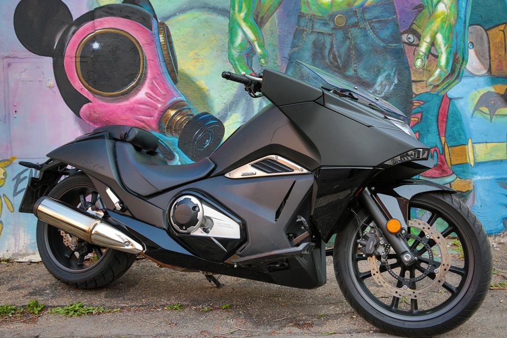 La Honda NM4 Vultus è stata pensata da un pool di giovanissimi che si ispirano ai Japanimation