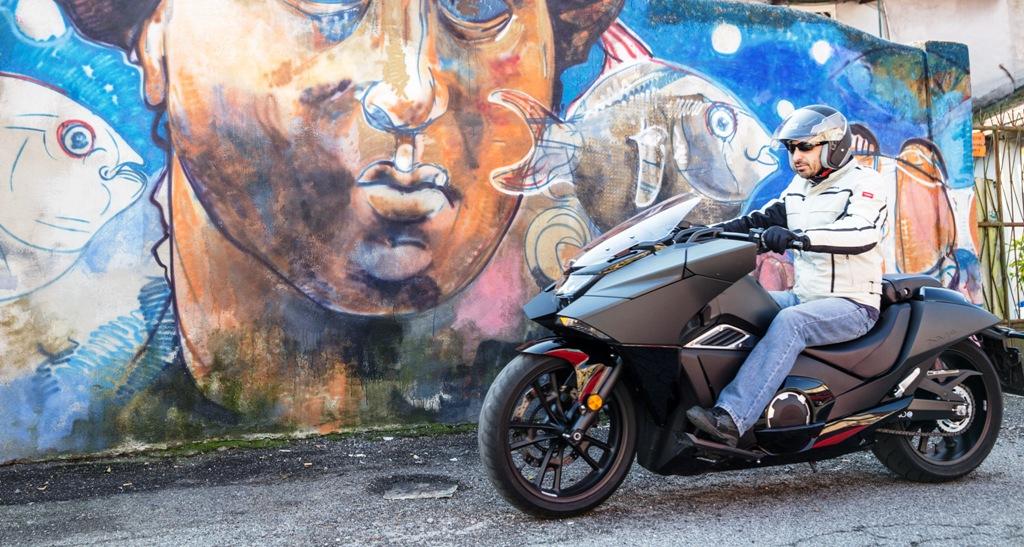 Vultus Honda, una moto unica ed originale, divertente e personale