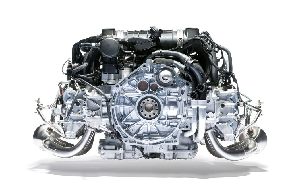 Porsche 911 Targa 4, il sei cilindri della Targa 4 nel dettaglio