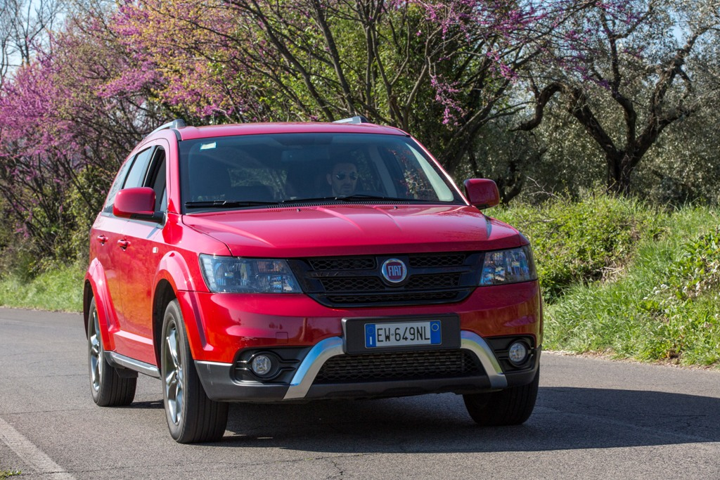 Fiat Freemont Cross AWD, 170 CV e trazione integrale on demand