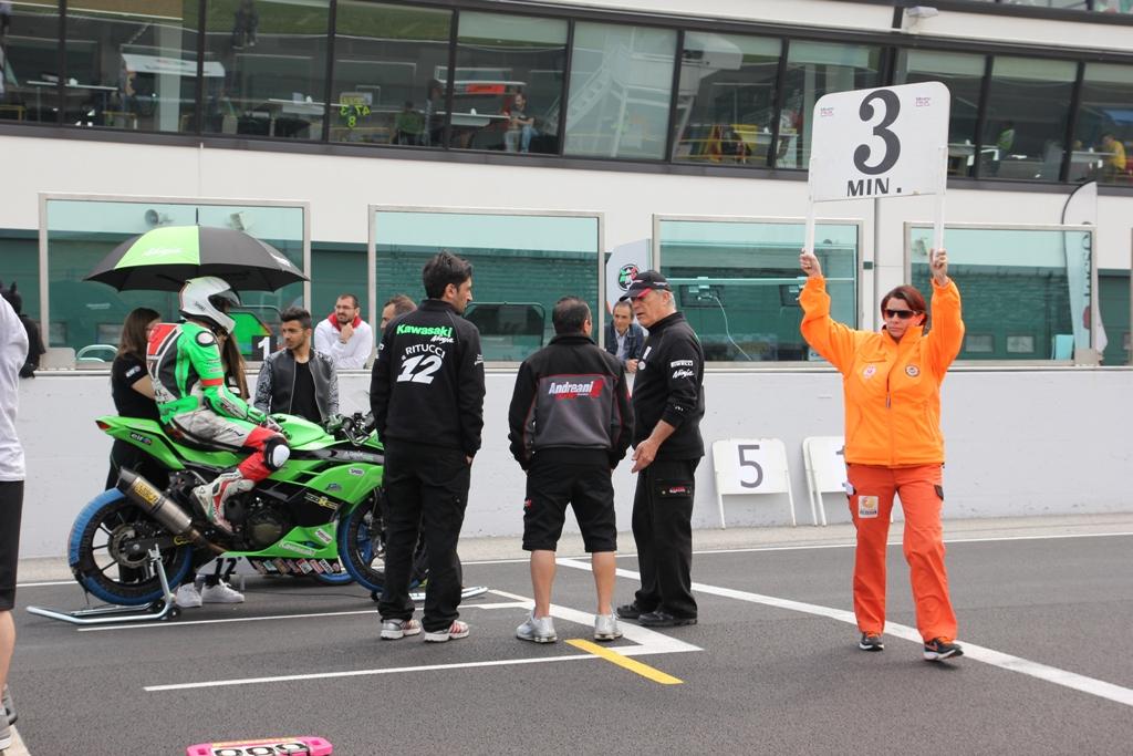 CIV 2015, le Kawasaki Ninja 300 sono le moto da battere...