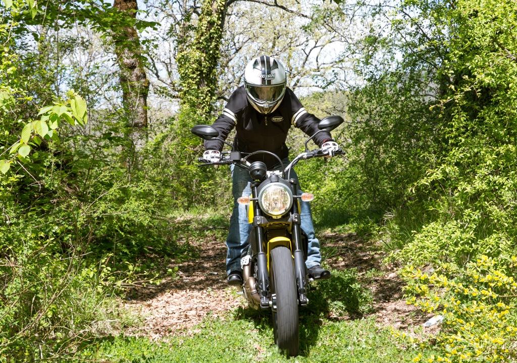 Ducati Scrambler, ideale anche per puntatine offroad leggero