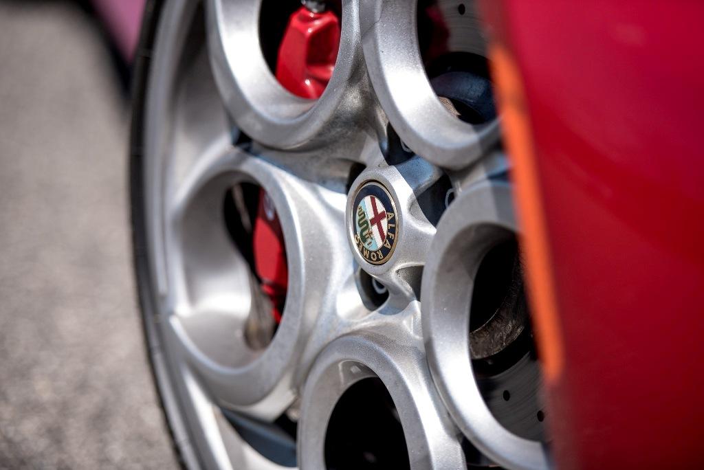 Alfa Romeo 4C, particolare dei dischi freno alluminio/ghisa