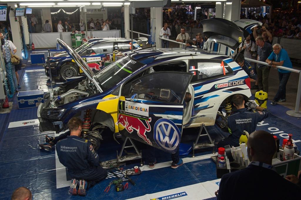 WRC 2015, Sardegna, il box VW con le Polo R WRC