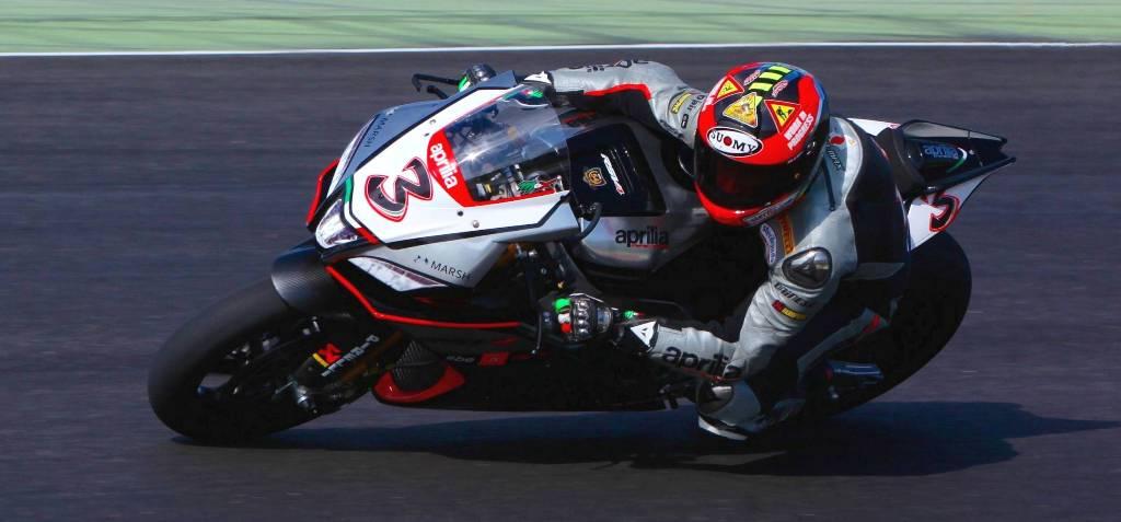 WSBK 2015, Max Biaggi sarà in gara a Misano in sella all'Aprilia Factory