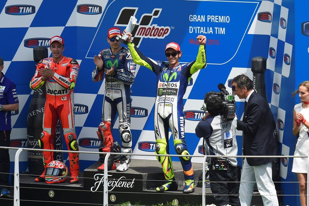 MotoGP Mugello 2015, podio, Lorenzo, Iannone e Rossi
