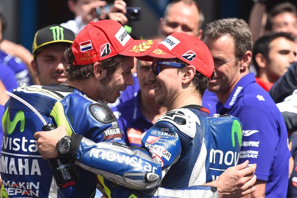 MotoGP Assen 2015, Rossi e Lorenzo dopo la gara