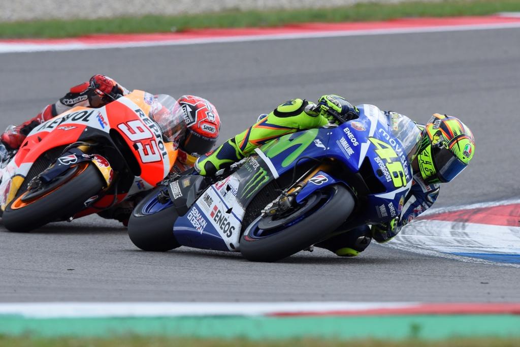 MotoGP Assen, Rossi e Marquez, duello accesso all'ultimo giro