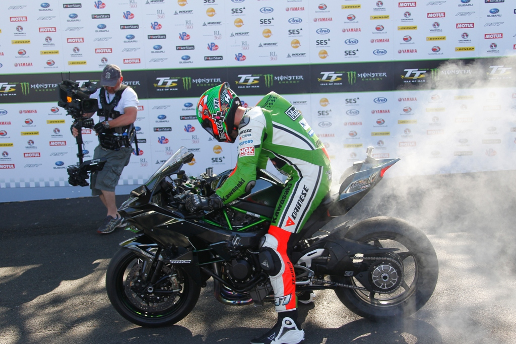 TT 2015, James Hillier al via