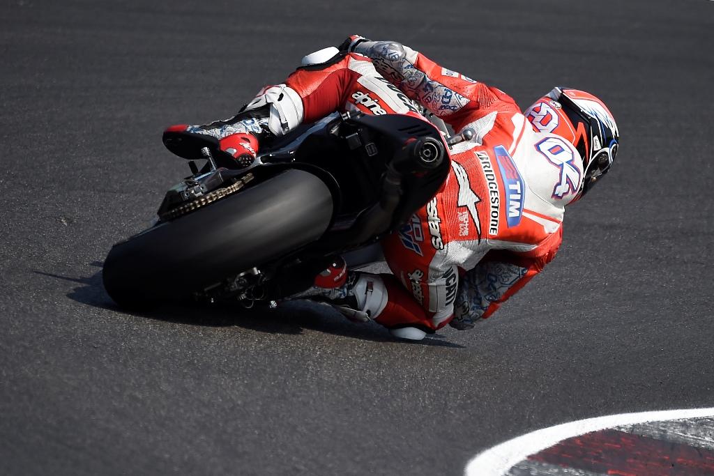MotoGP test Misano luglio 2015, Andrea Dovizioso più veloce di Iannone