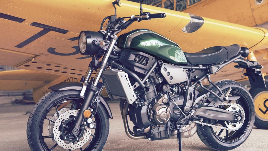 La Yamaha XSR700 sarà disponibile da novembre 2015