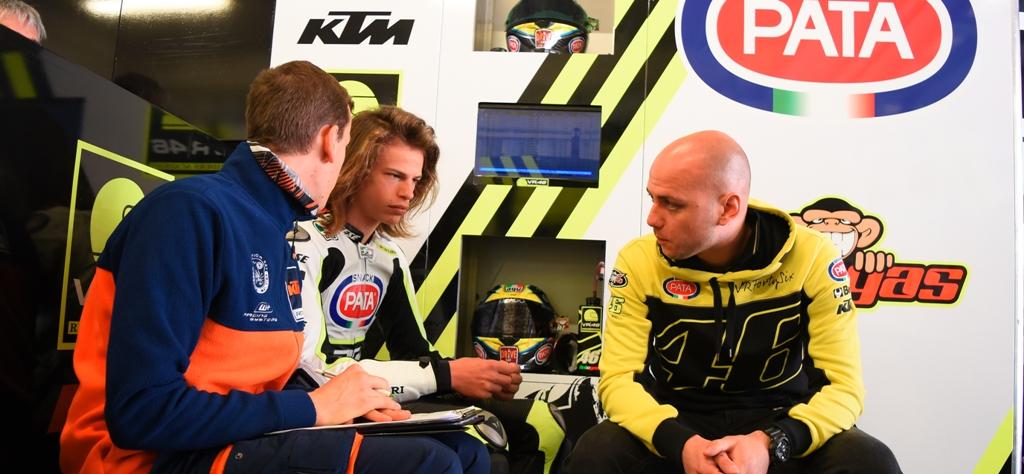Jr Team VR46, al box con Luca Brivio e Nicolò Bulega