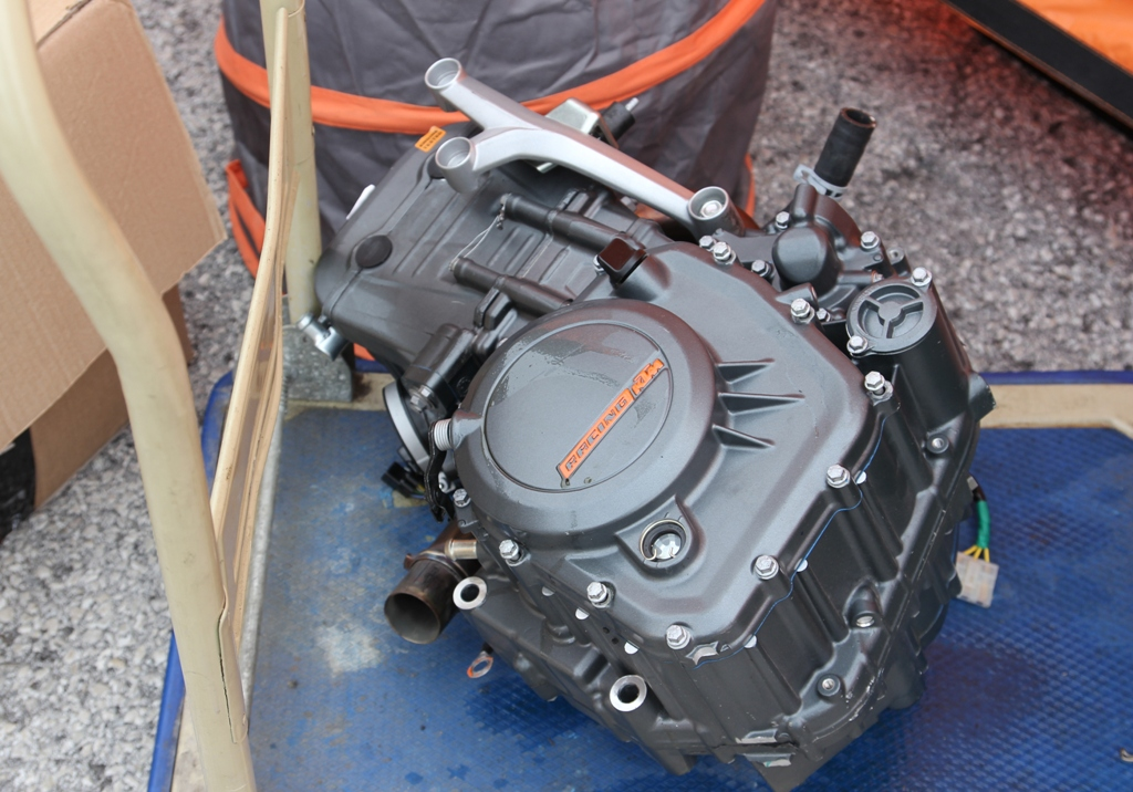 CIV 2015, SP, Trofeo KTM, il motore della RC390, ancora un po' fragile sulla durata