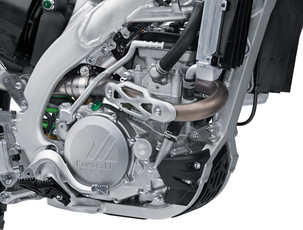 La nuova KX 450 la più leggera