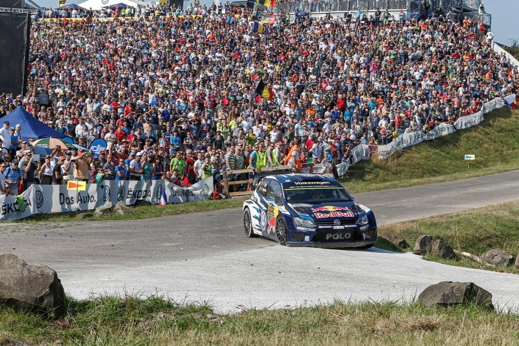 WRC 2015, Germania, Sebastien Ogier ed il pubblico tedesco