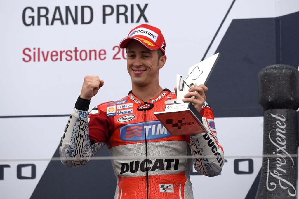 Andrea Dovizioso, terzo sul podio al GP d'Inghilterra