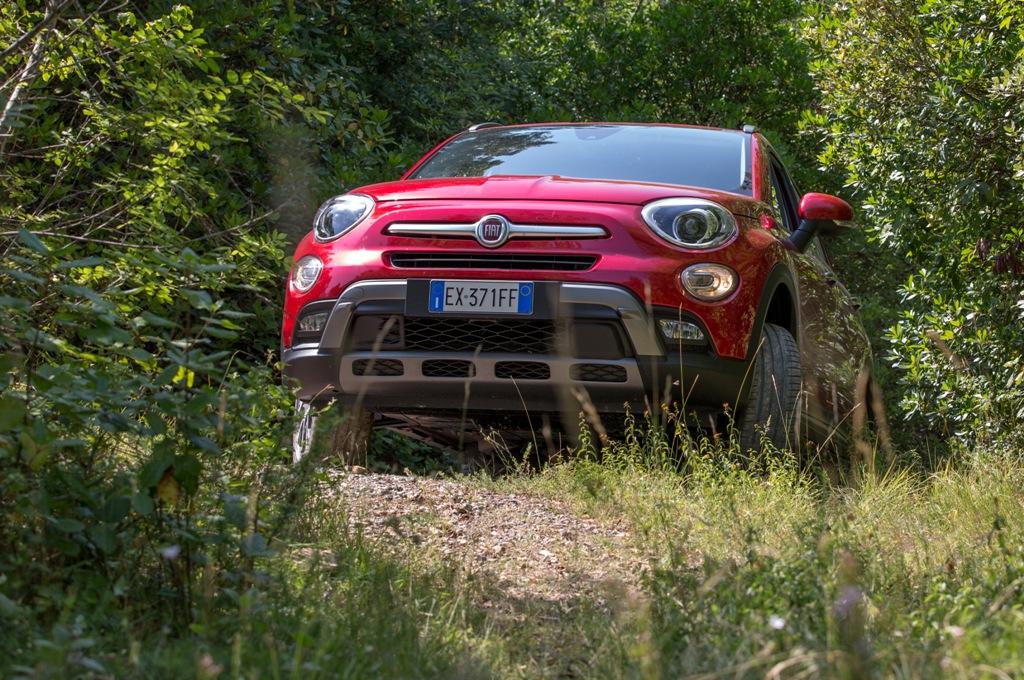 La Fiat 500X si arrampica grazie ad un'ottima trazione integrale AWD