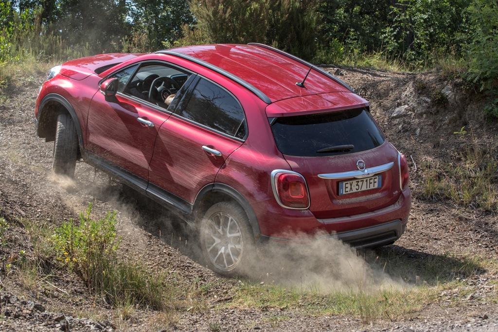 La Fiat 500X messa sottotorchio su percorsi inusuali per un SUV comune