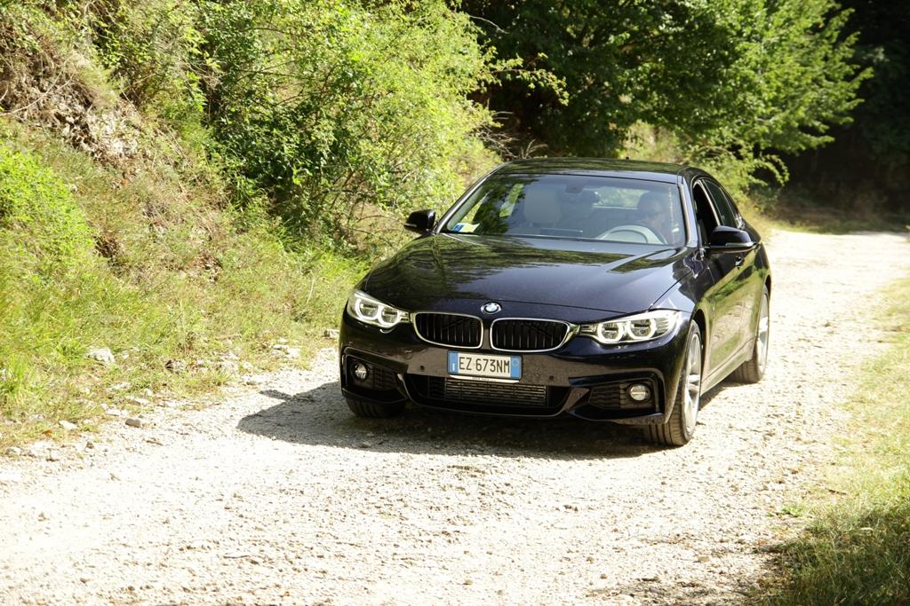 La trazione integrale XDrive BMW consente di affrontare fondi diversi