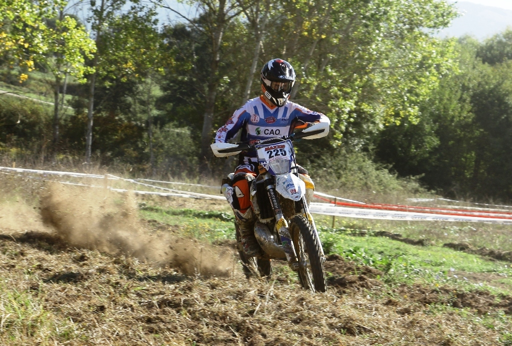 Progetto Enduro Performancemag 2016, Giubettini in gara