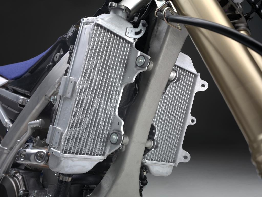 Yamaha 2016 enduro, i radiatori della WR450F