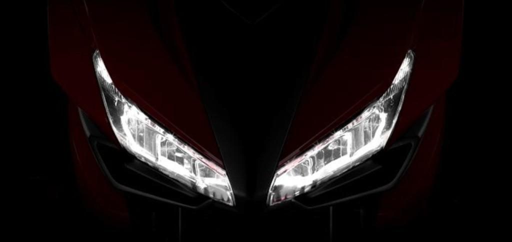 Il proiettore della Honda CBR500R 2016