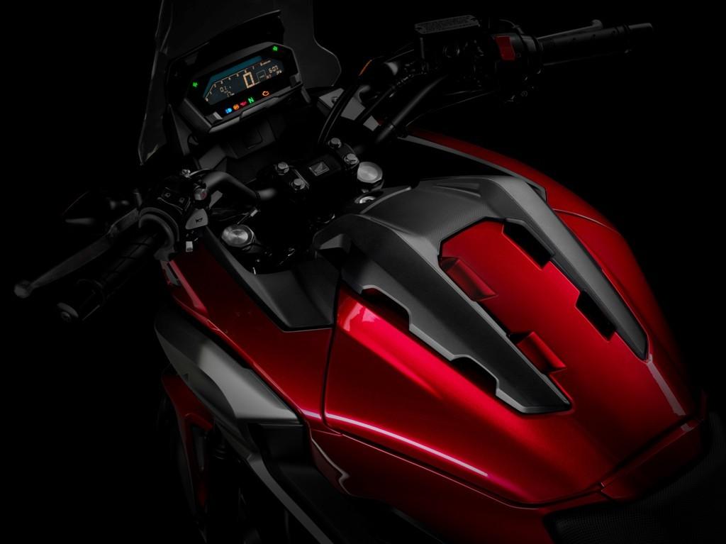 La nuova NC750X 2016