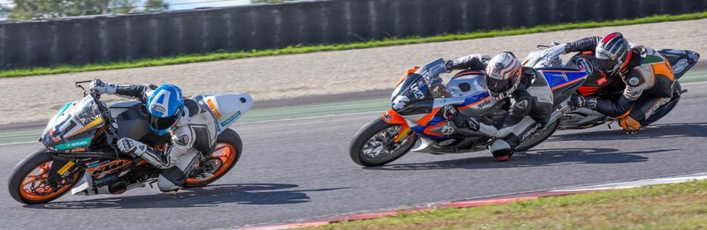 CIV 2015, bagarre in gara nel Trofeo KTM tra 2 e 4T