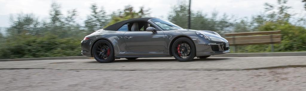 011 Carrera 4 GTS, elegante e sempre sportiva