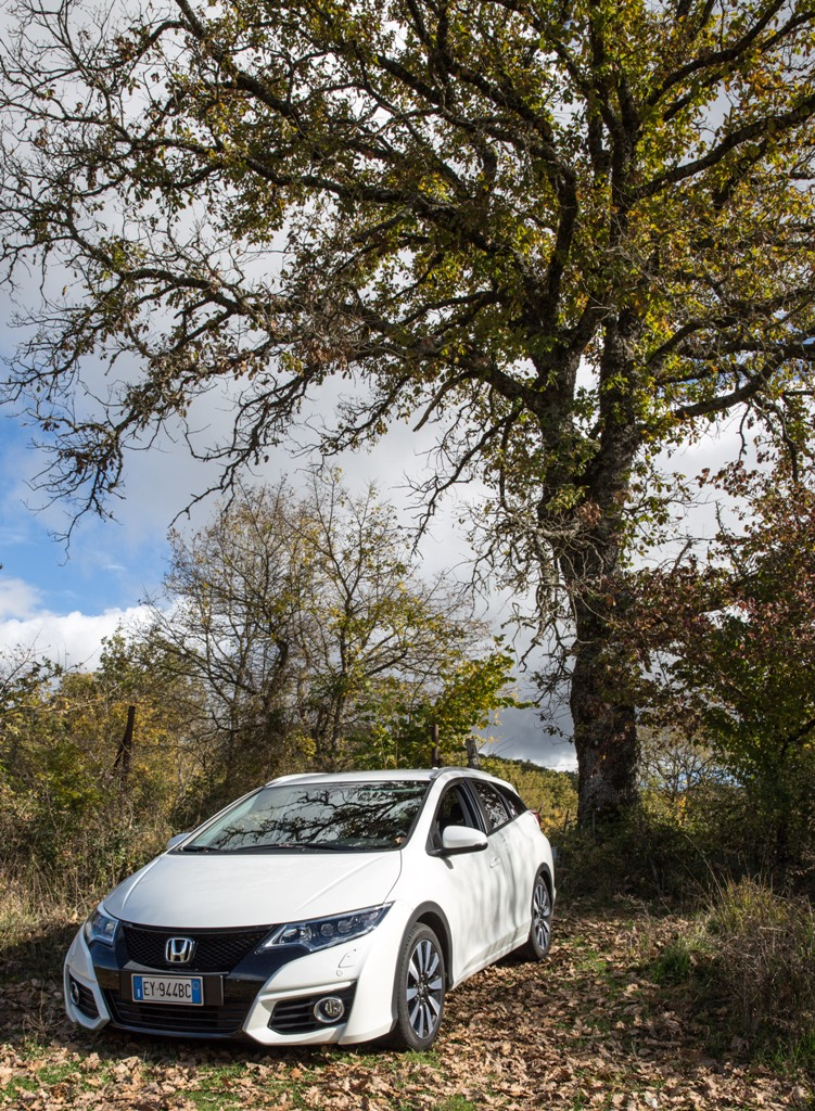 Honda Civic Tourer, sempre vicina all'ambiente