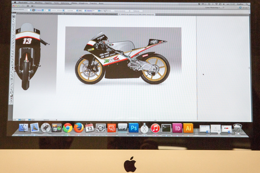 RMU 2015, lo studio grafico dove si progetta/realizza la grafica della moto