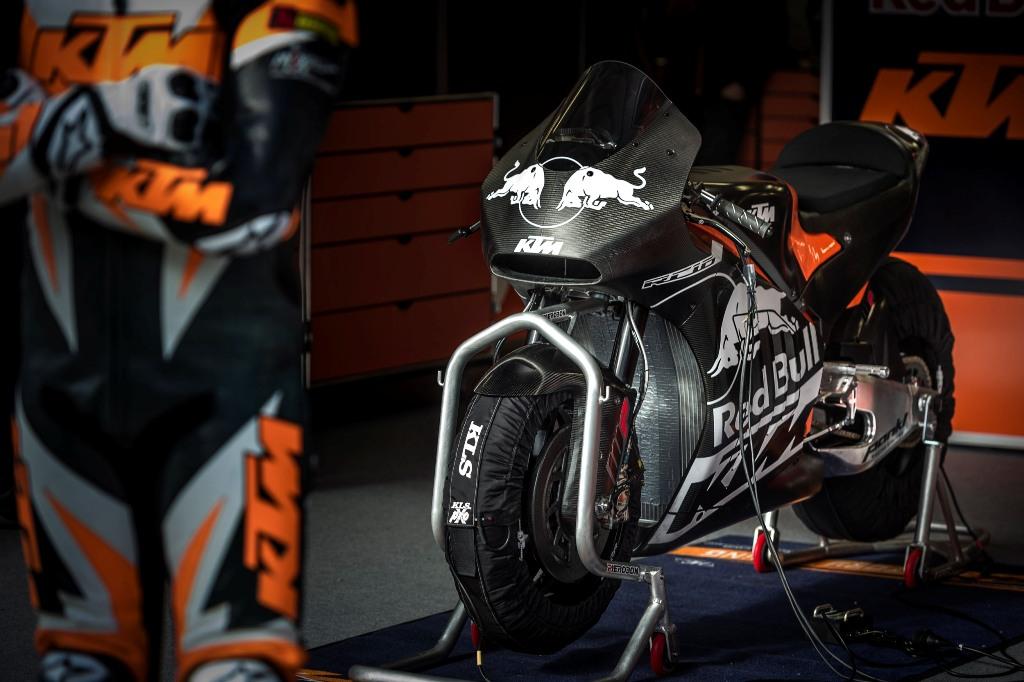 KTM Rollout Moto GP