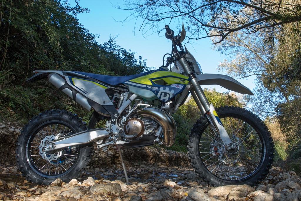Husqvarna TE250 2016 test, tante novità sul nuovo modello