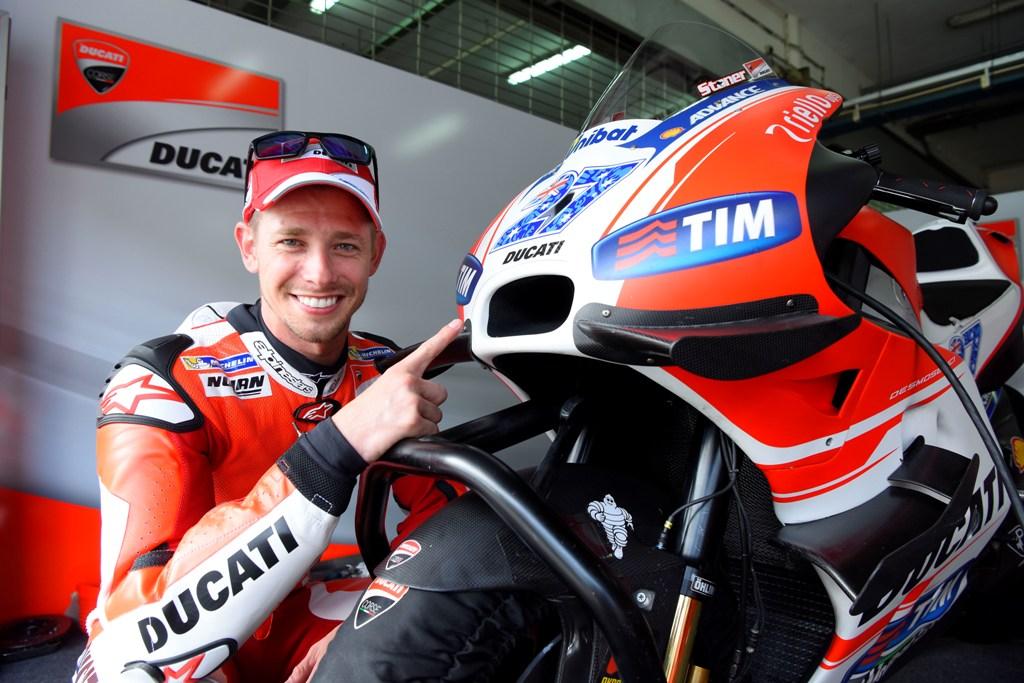 MotoGP 2015, tanta gioia per Casey Stoner nel suo nuovo ruolo di tester Ducati