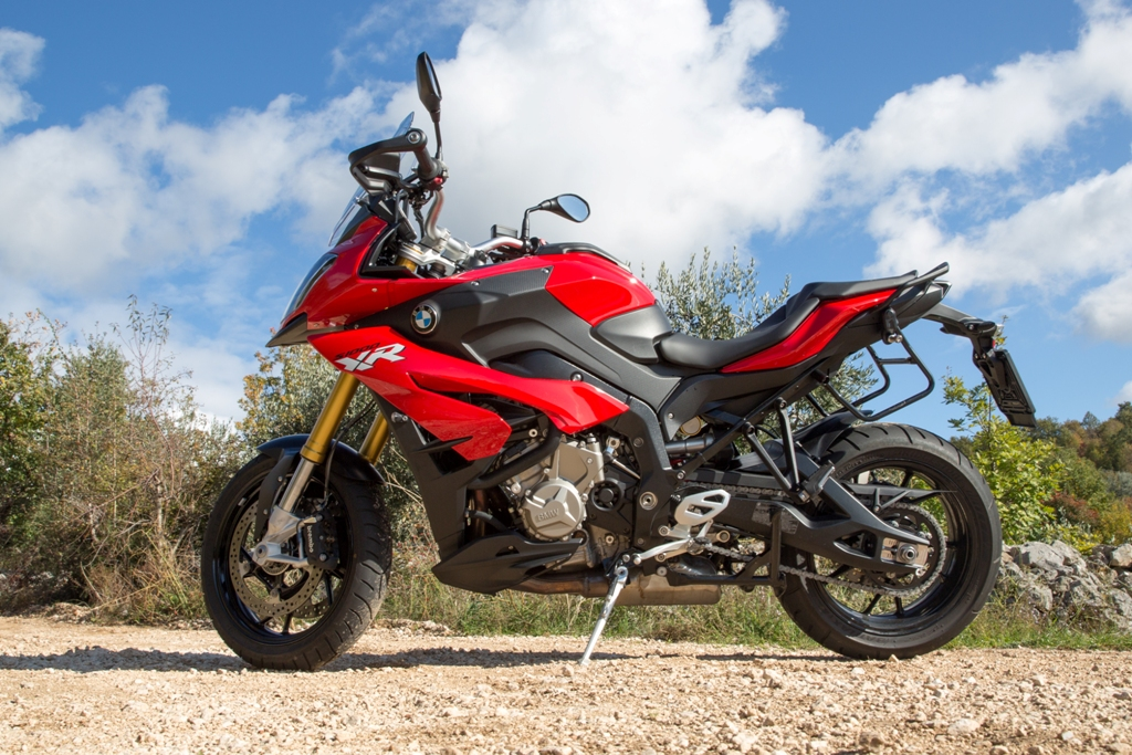 BMW S1000XR, una Adventure sportiva