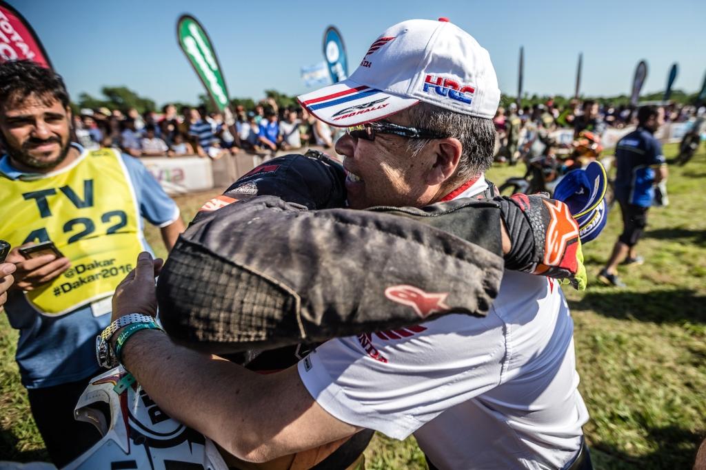 Dakar 2016, la gioia di Nakamoto a fine gara