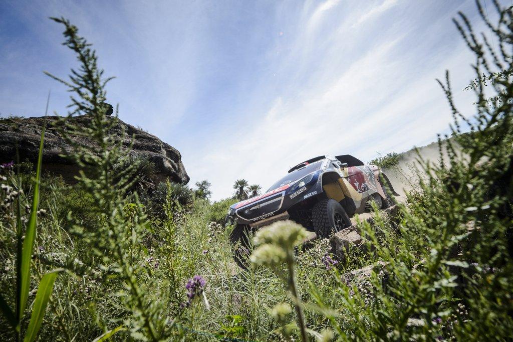 Dakar 2016, ottima prestazione e prima vittoria di tappa per Peugeot