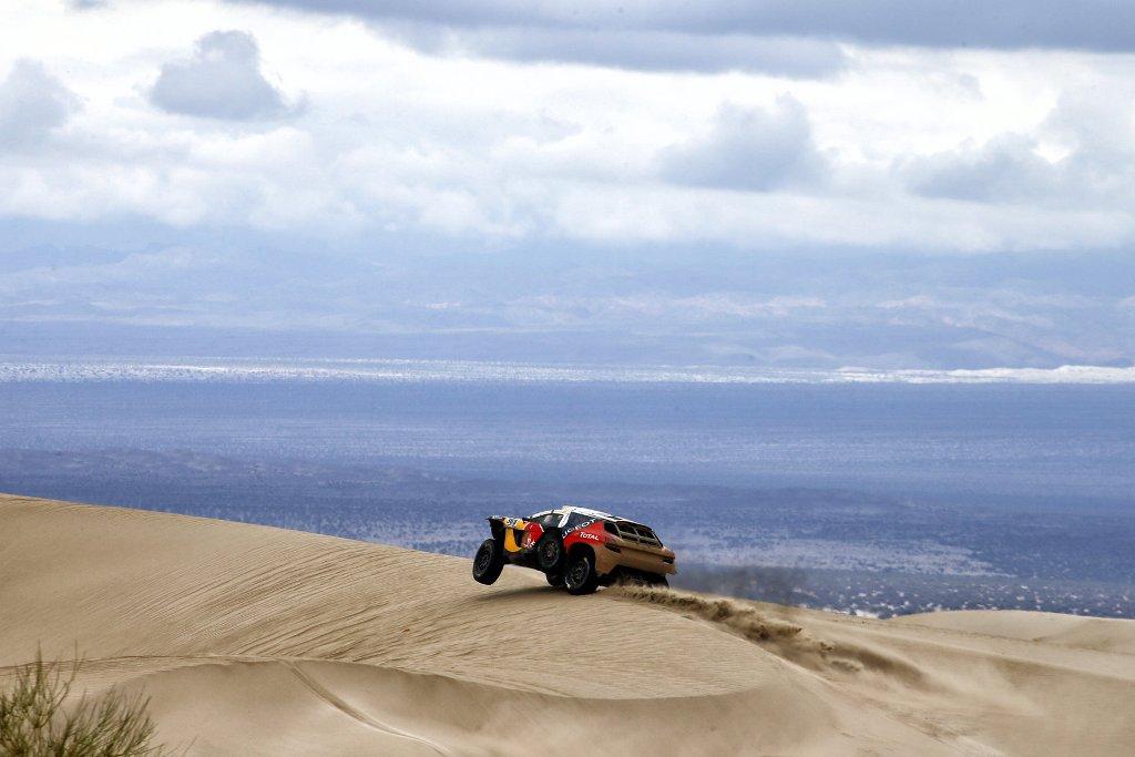 Dakar 2016, Peugeot ha portato in gara una vettura più potente ed equlibrata