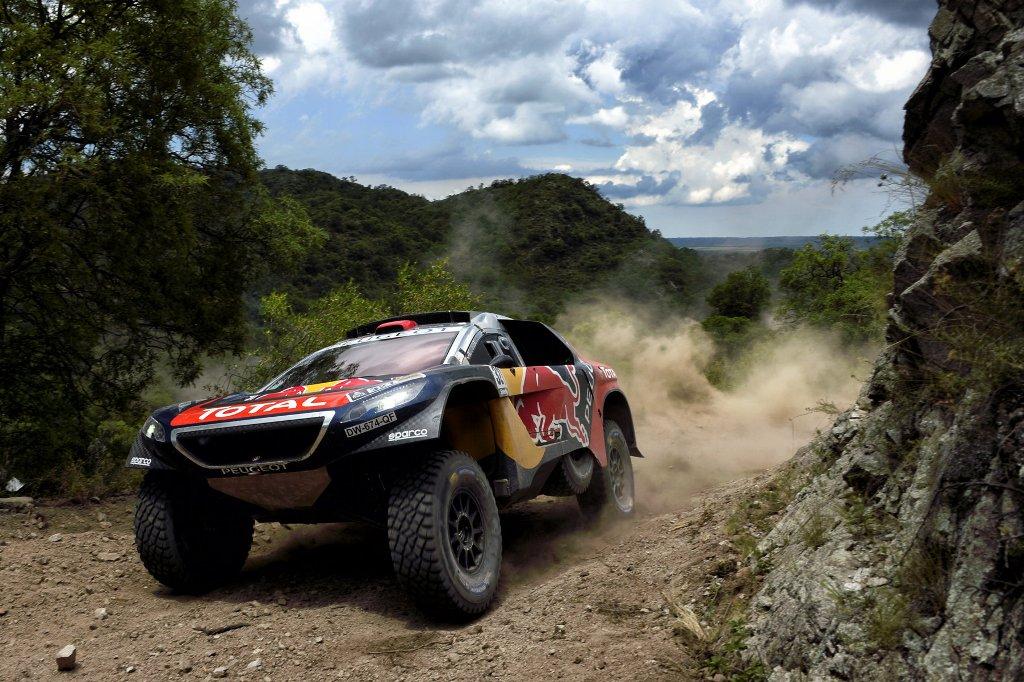 Dakar 2016, Peugeot ha raccolto a modo suo la sfida e l'ha vinta