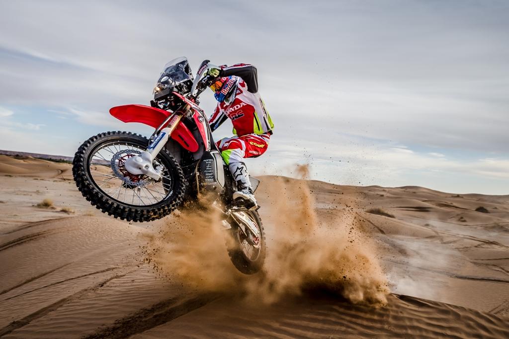 DAKAR 2016, HRC, la CRF tra le dune