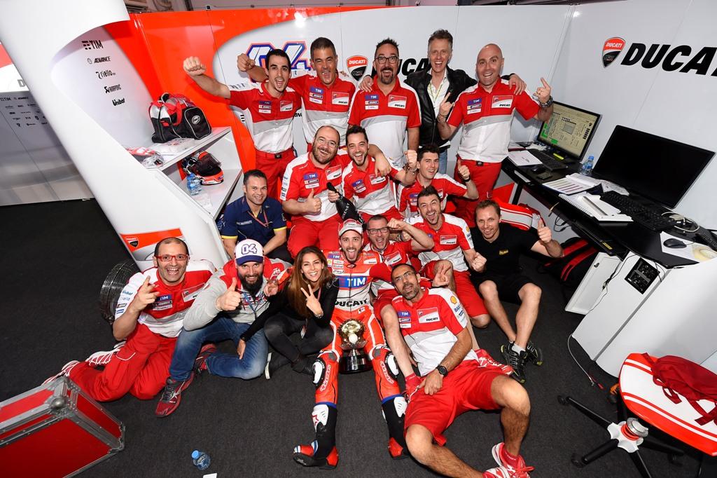 Ducati Team 2016, box Qatar