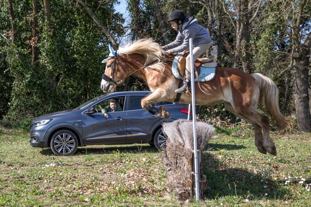Kadjar 4x4 ed il mondo equestre, eleganza che le accomuna...