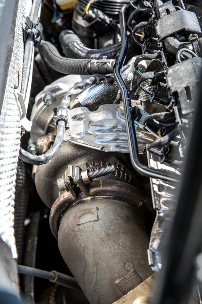 La turbina della Golf R da 300 Cv e 380 Nm di coppia