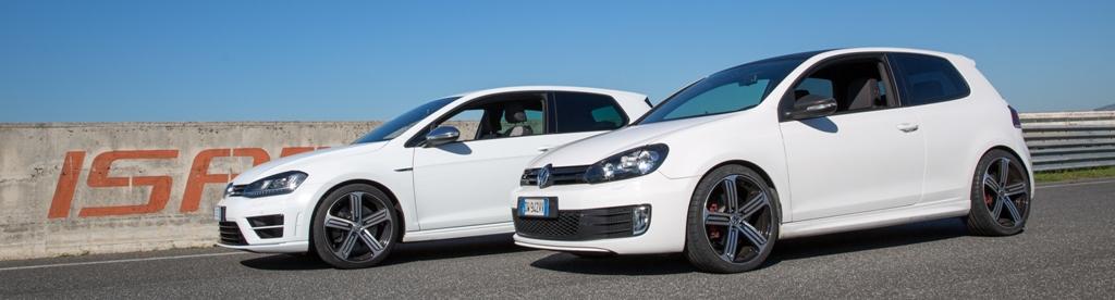 Le due Golf: la R e la GTI da 400 Cv