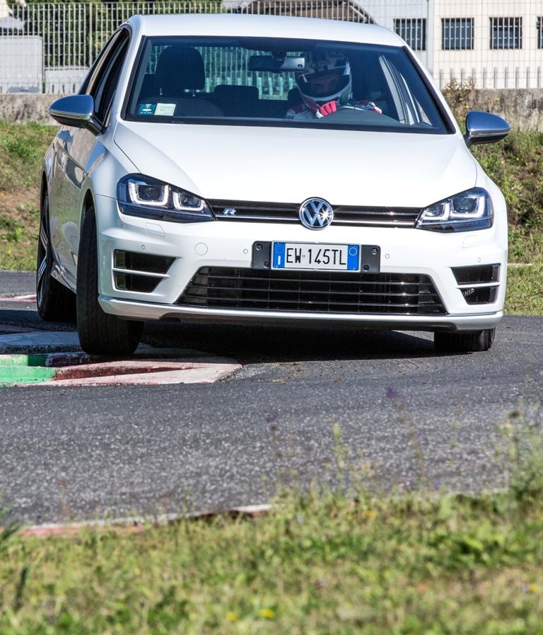 ISAM, test Golf R, circuito molto tecnico e tortuoso