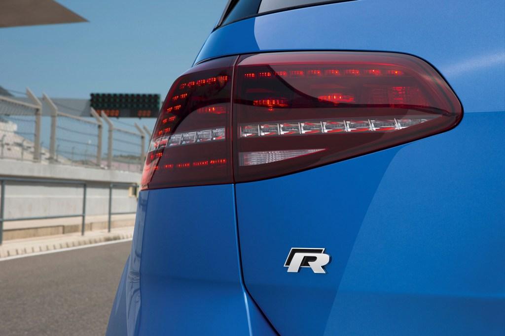 Test Golf R, la sigla R racconta la natura della sportiva Volkswagen
