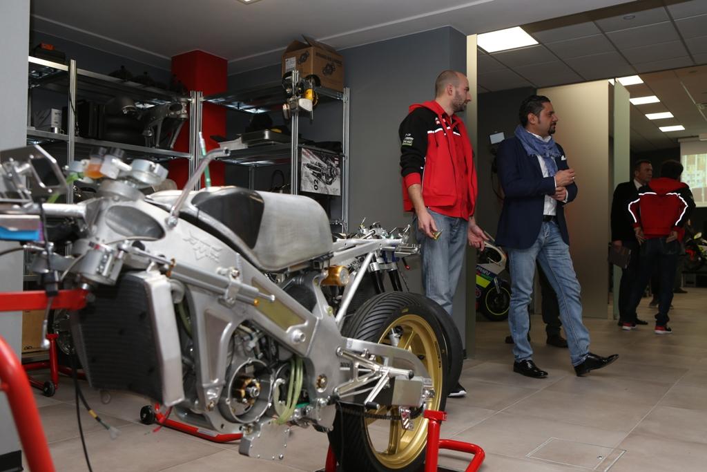 RMU Racing è una factory che realizza tutto in casa